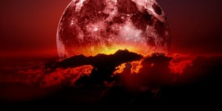 Four Blood Moons – Is Something About To Change?